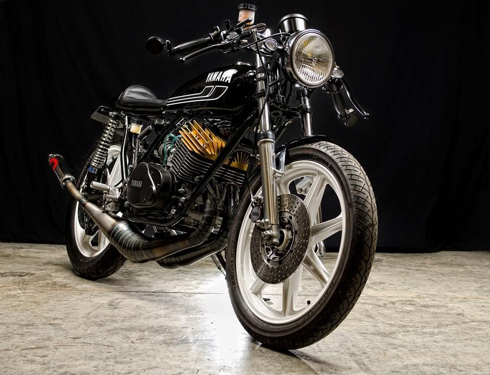 1977 yamaha rd400 cafe racer for sale