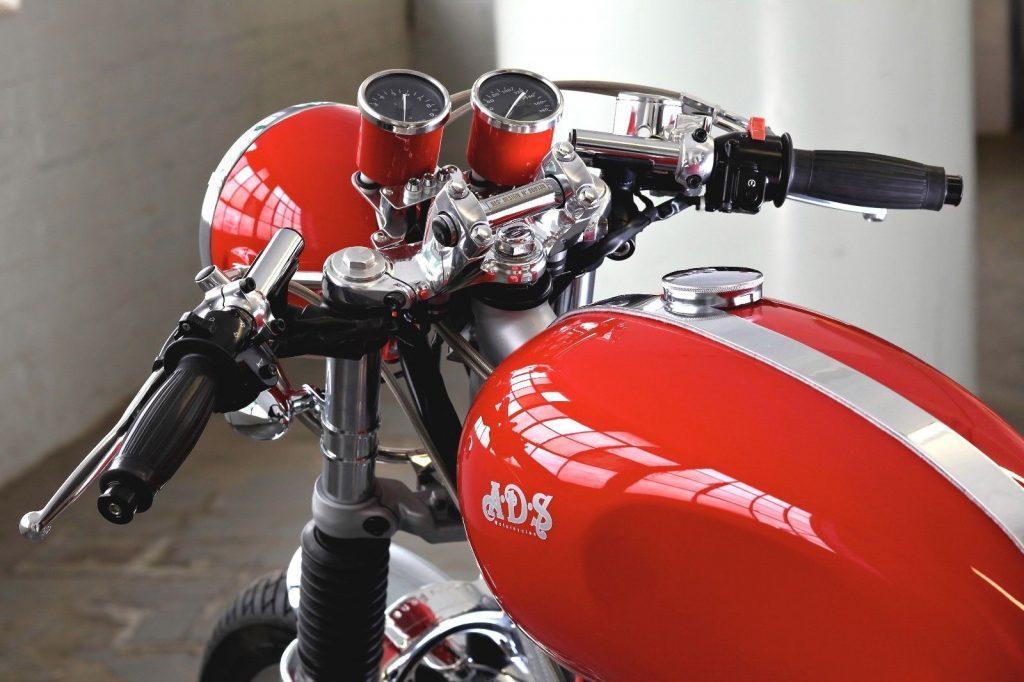 KAWASAKI W650 – runs great